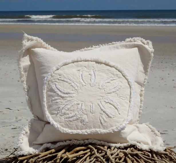 Westport Coastal Frayed Sand Dollar Applique 100% Cotton Throw Pillow Pillow Size: 22