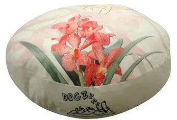 Round Orchid Dog Pillow Size: Small (20