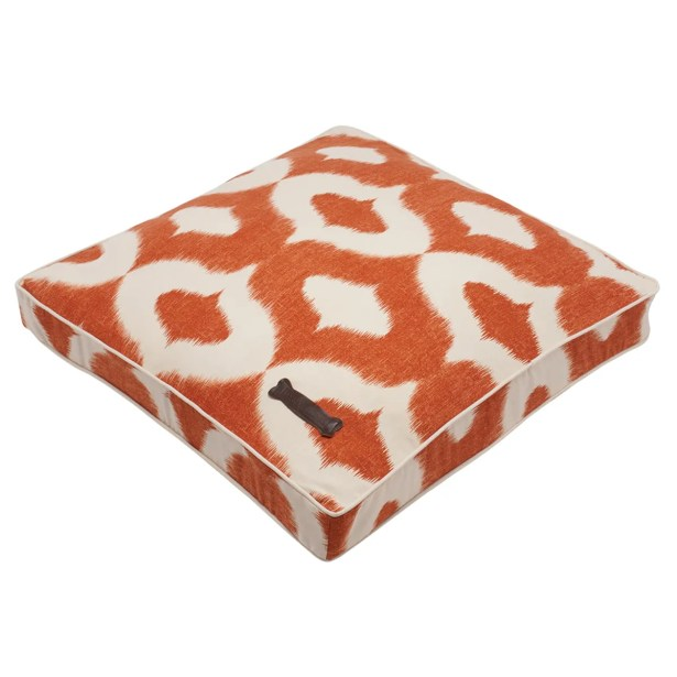 Day Pet Bed Pillow Size: Large Square (36