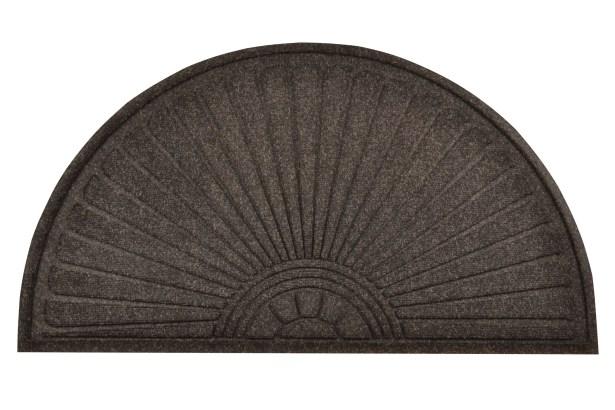 Guzzler Sunburst Doormat Mat Size: Runner 3' x 6'5
