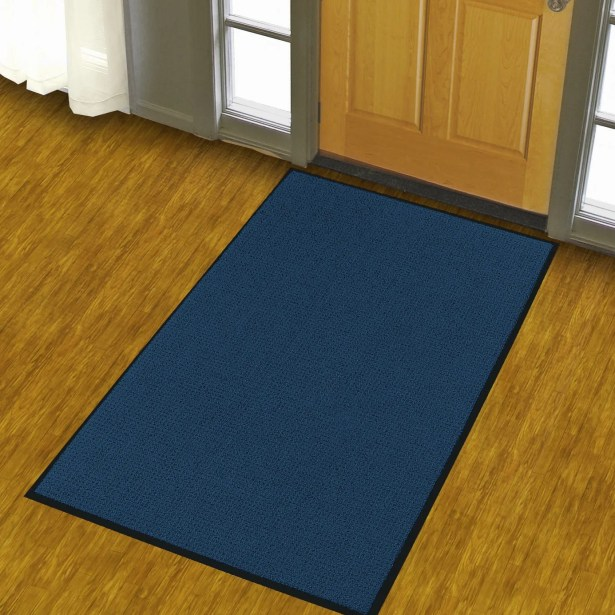 Solid Uptown Doormat Color: Navy Blue, Mat Size: Runner 3' x 10'