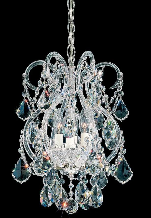 Olde World 4-Light Candle Style Chandelier Crystal Grade: Swarovski Elements, Finish: Aurelia