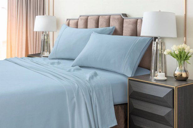 Johannsen Extra Deep Pocket Flannel Sheet Set Color: Blue, Size: Queen