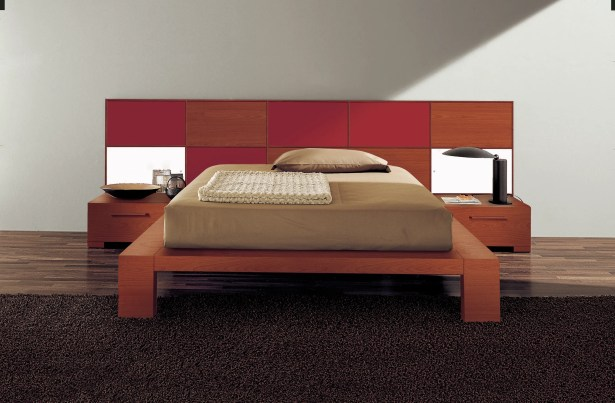 Wynd Platform Bed Size: Queen, Color: Red/Cherry