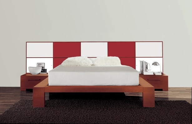 Wynd Platform Bed Size: California King, Color: Red/White