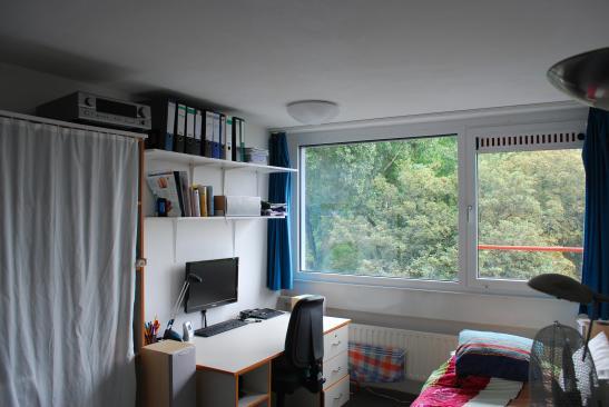Mbiliertes 12qm Zimmer in nettem Studentenwohnheim