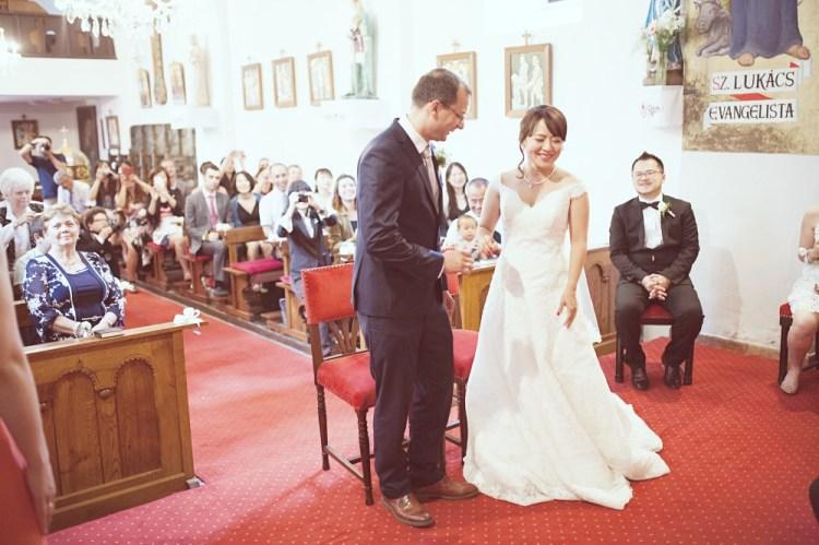 Szentendre 小鎮。匈牙利天主教堂結婚。傳統婚禮流程 (上)