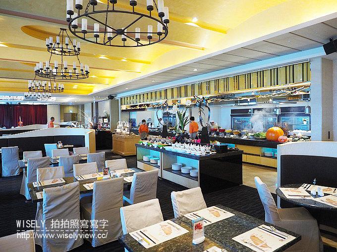 【食記】淡水福容大飯店。田園咖啡廳:自助餐吃到飽@熱炒海鮮青蔬與現打果汁,種類豐富