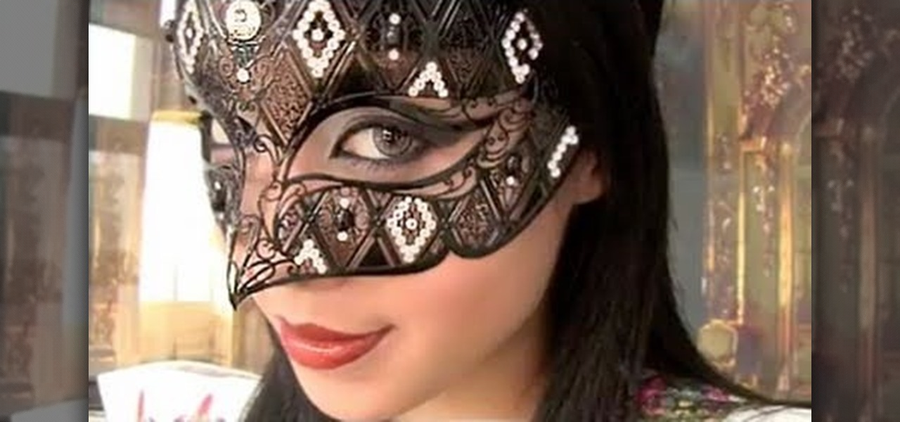 How To Create A Bewitching Elegant Masquerade Makeup Look