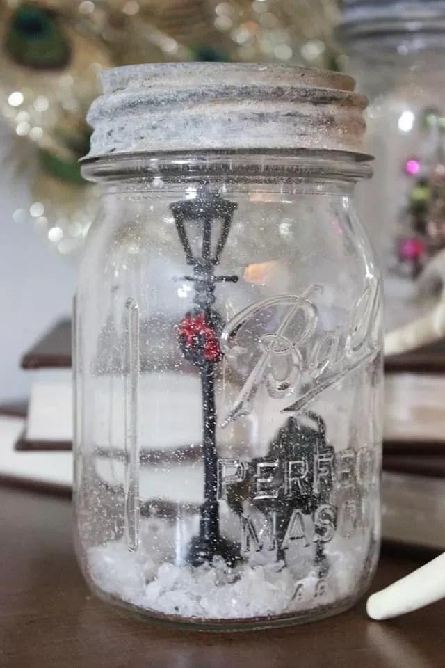 Come fare una lanterna di natale con un barattolo di vetro. Con Queste 14 Idee Creative Potrete Trasformare I Barattoli Di Vetro In Bellissime Decorazioni Natalizie Creativo Media