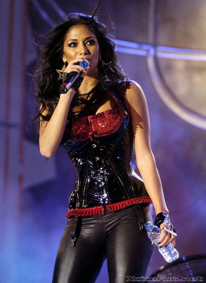 Nicole Scherzinger Get Dressed All Sexy For MTV Spain