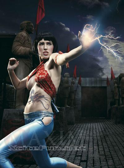 Attitude Quotes Wallpapers For Girls Maxim Street Fighter Girls Tricky Fighting Moves Hot Shot