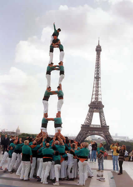 Fall Mobile Wallpapers Highest Human Tower Competition Catalonia Spain