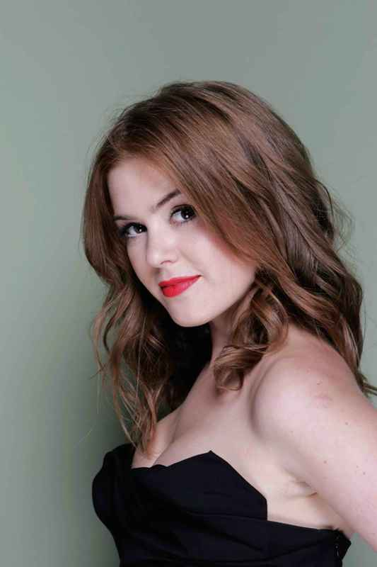 Bollywood Love Wallpapers With Quotes Isla Fisher Old But Sweet Photoshoot Xcitefun Net