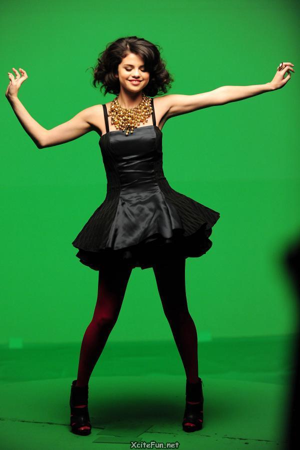 British Doll Selena Gomez  XciteFunnet