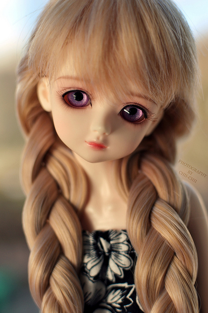 Cute Barbie Doll Wallpaper Hd Charming Dolls With Lovely Eyes Xcitefun Net