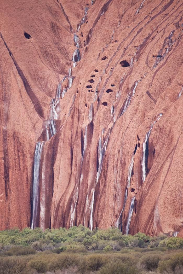 Cute Inspirational Quotes Wallpapers Uluru Raining Waterfalls Australia Xcitefun Net