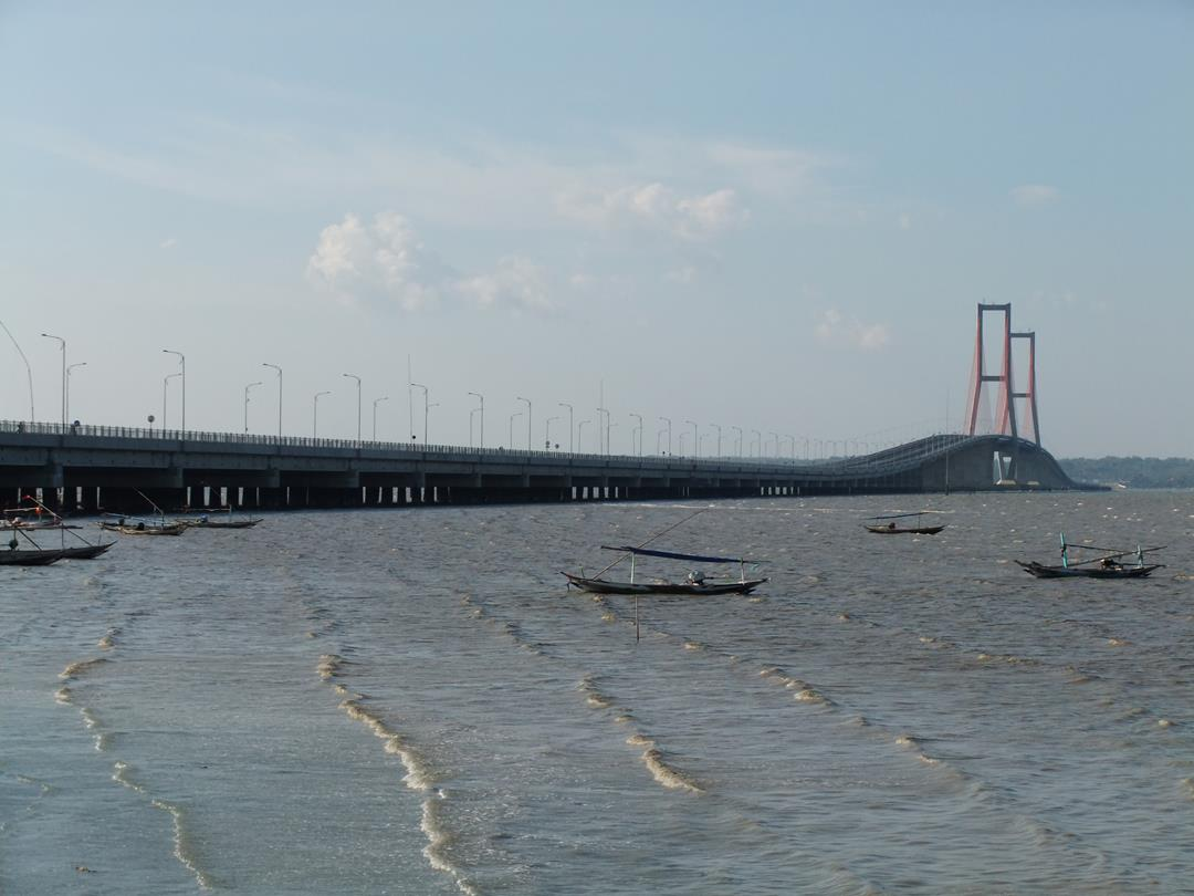 Cool N Cute Wallpapers For Mobile Suramadu Bridge Images N Detail Madura Indonesia