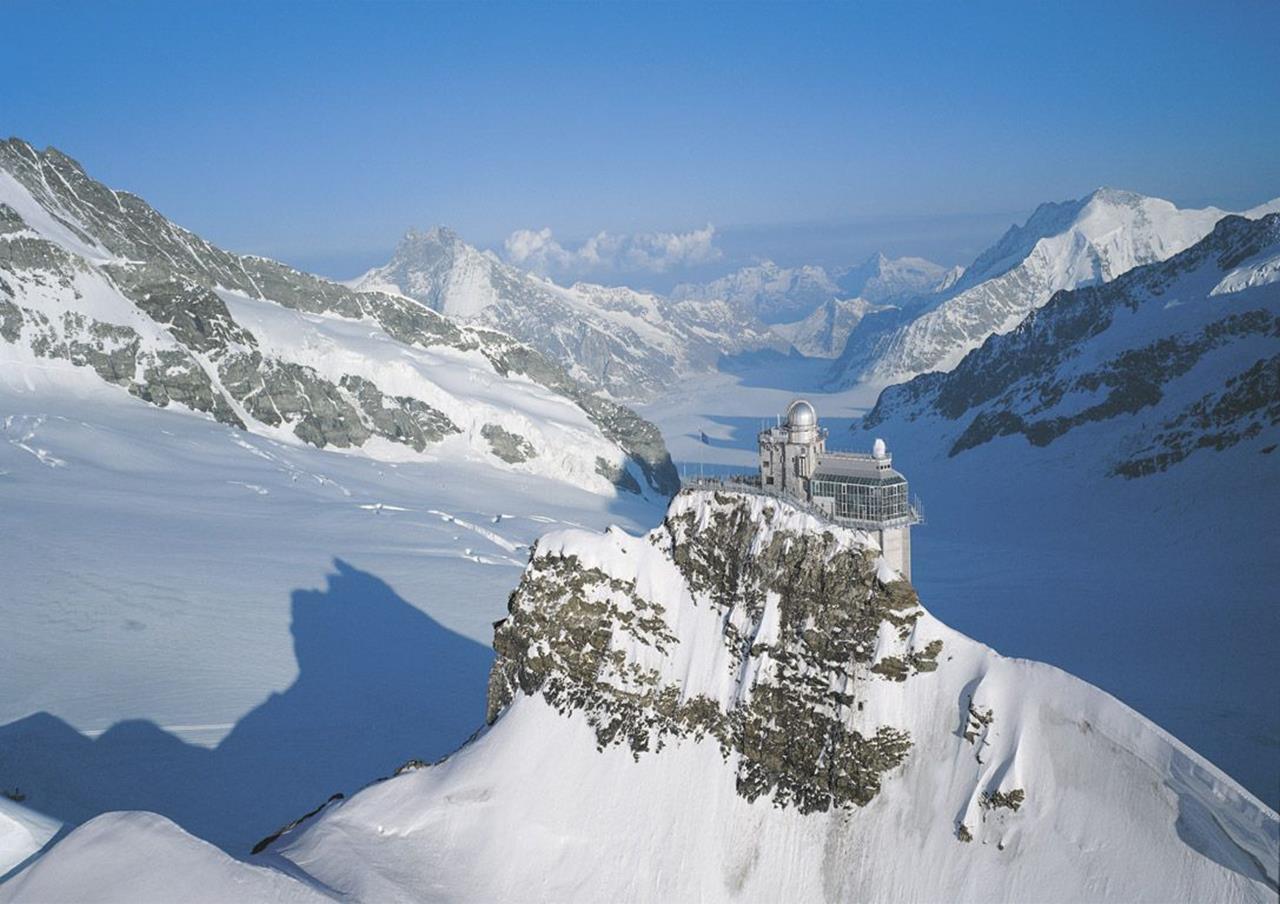 Travel Guide To Alps Mountain Range Europe