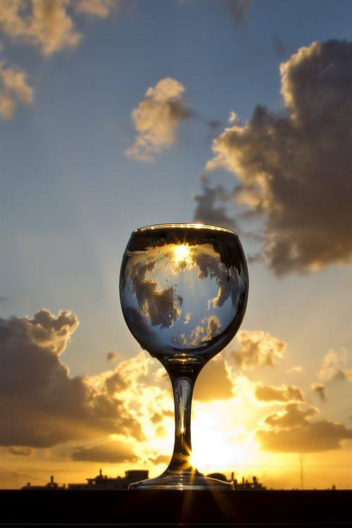 Cute Funny Wallpapers For Mobile Sunset Photography Through Drinking Glass Xcitefun Net