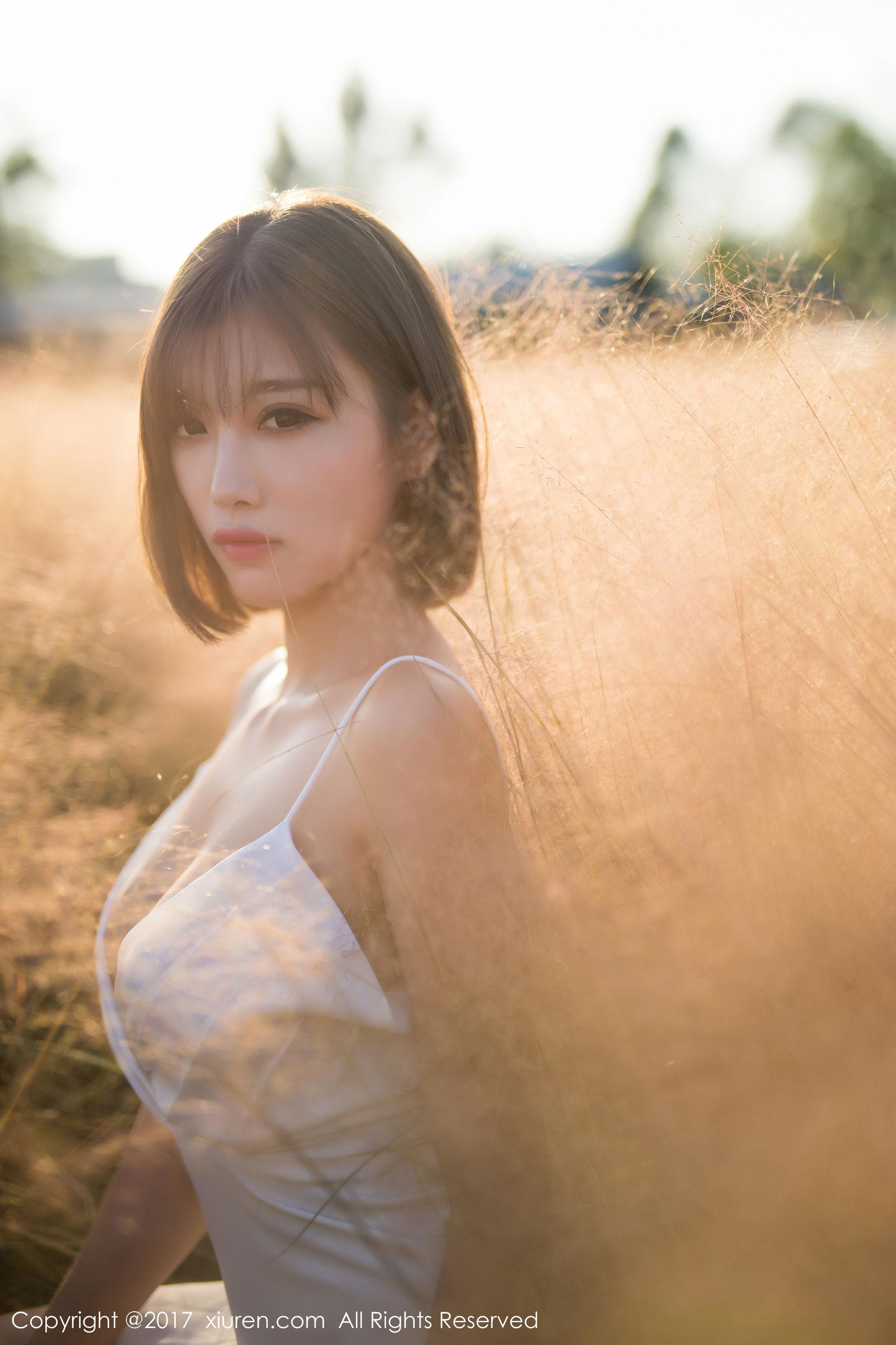 图片[4] - 甜美女神@杨晨晨sugar《性感室外写真》 [秀人XiuRen] NO.847 写真集[50P] - 唯独你没懂