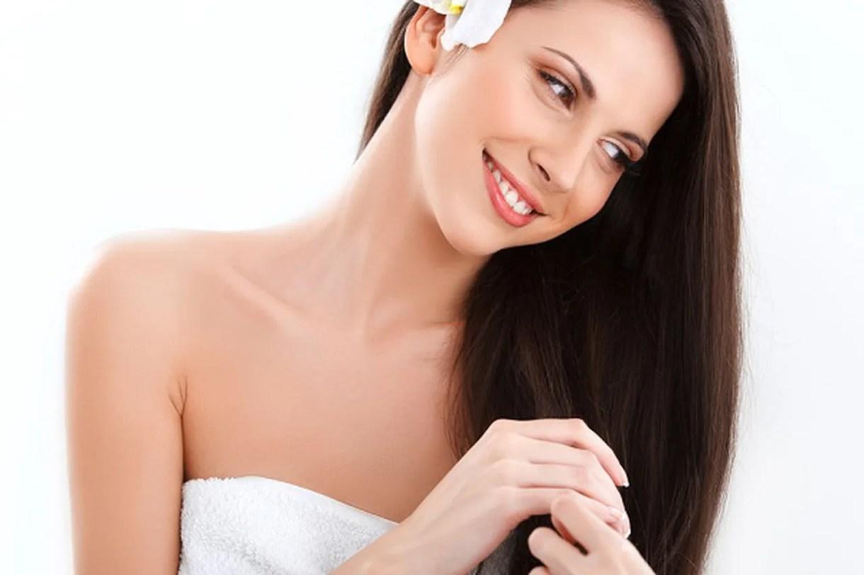 كيف تخففين من آلام إزالة الشعر الزائد في الجسم؟