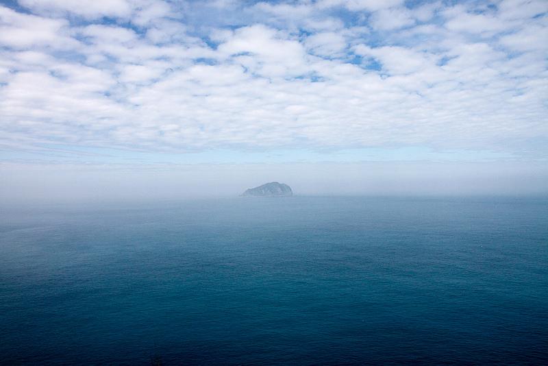 基隆嶼(基隆望幽谷拍攝)