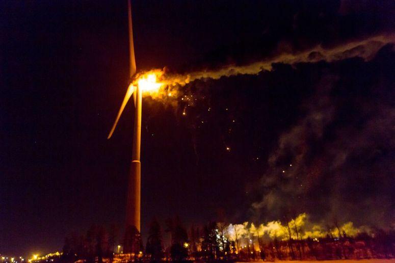 Fires strike residential buildings, wind turbine   Yle Uutiset   yle.fi
