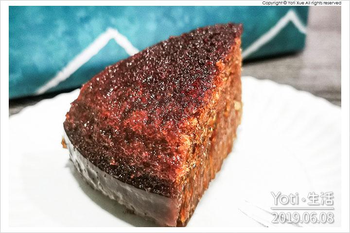 [花蓮伴手禮] 理想大地蜂巢糕   理想店鋪的招牌蜂巢蛋糕, 不只花蓮在林口也買得到!