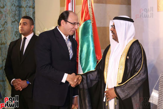 الزميل عادل السنهورى مع سفير الأمارات لدى القاهرة
