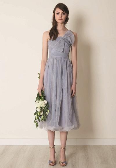 فستان بسيط ورقيق