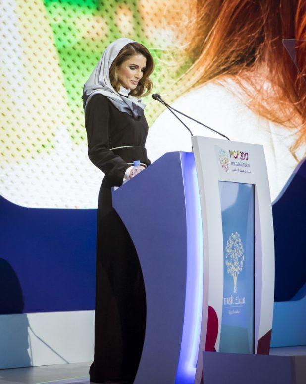 الملكة رانيا (17)