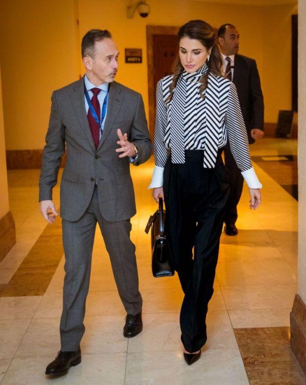 الملكة رانيا (10)