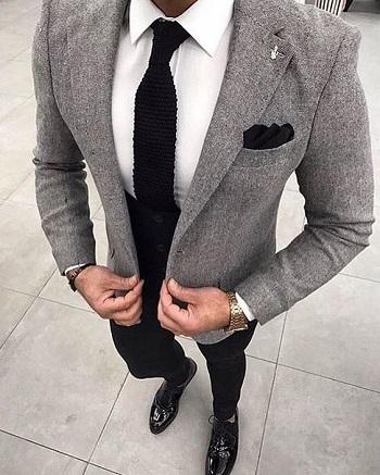 قاموس الموضة الرجالى ازاى تلبس البليزر الرمادى بـ 5 أشكال
