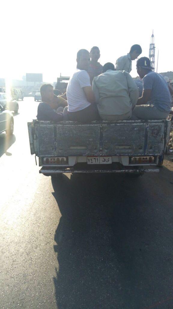 المرور يشن حملات على سيارات نقل تحمل ركاب على الطرق (3)