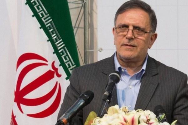 - تولى ولى الله سيف (رئيس البنك المركزى الايرانى الحالى) منصب المدير التنفيذى لبنك المستقبل منذ 2004 وحتی عام 2010