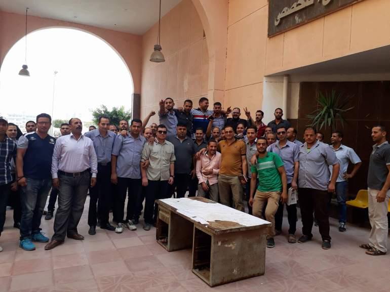 وقفة احتجاجية لأفراد أمن مستشفى جامعة المنوفية للمطالبة بتثبيتهم (5)