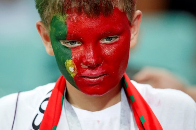 حزن جماهير البرتغال بعد وداع مونديال 2018 (1)