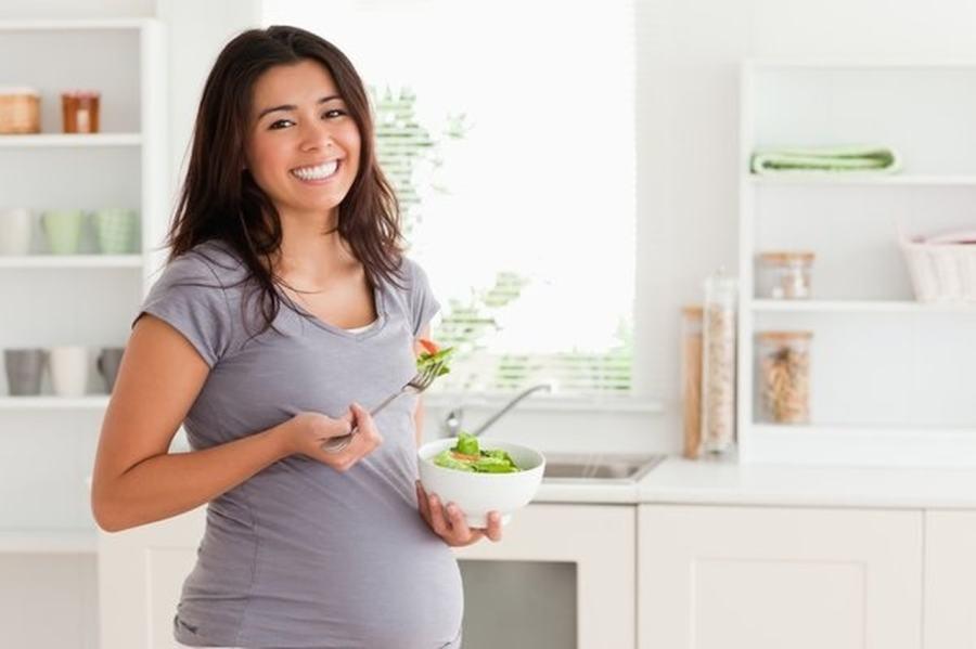 نصائح للحامل فى الشهر الاول لحمل صحى سليم اليوم السابع