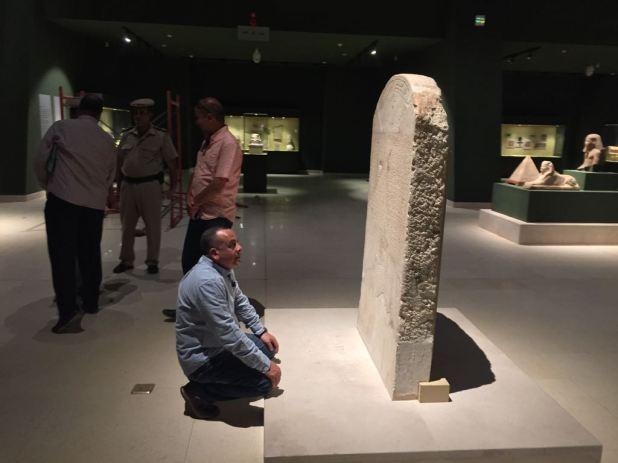 وزير الآثار يتابع أعمال متحف سوهاج لقرب افتتاحه (6)