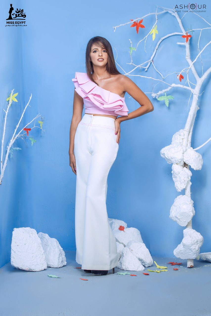 أول جلسة تصوير لمتسابقات Miss egypt (10)