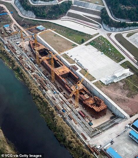 شركة صينية تبنى سفينة تيتانيك مرة آخرى (7)