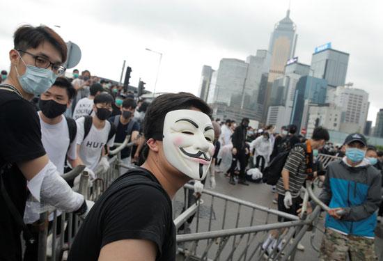 مسيرات فى هونج كونج ضد تشريع جديد