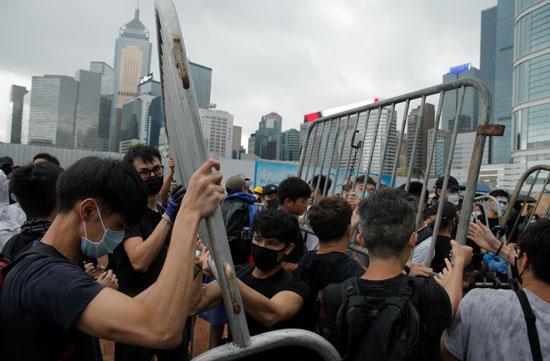 مظاهرات عنيفة فى هونج كونج ضد تشريع جديد