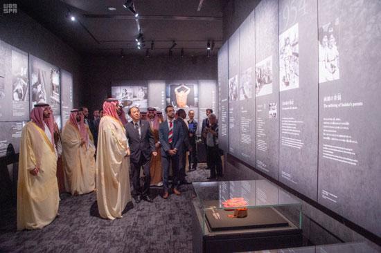 ولى العهد السعودى يتفقد متحف هيروشيما التذكارى للسلام