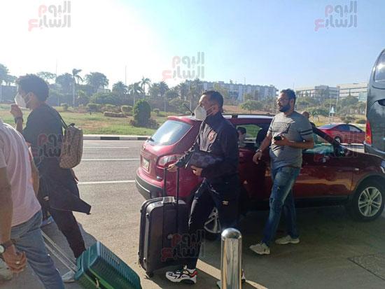 وصول بعثة الأهلي إلى القاهرة قادمة من المغرب (7)
