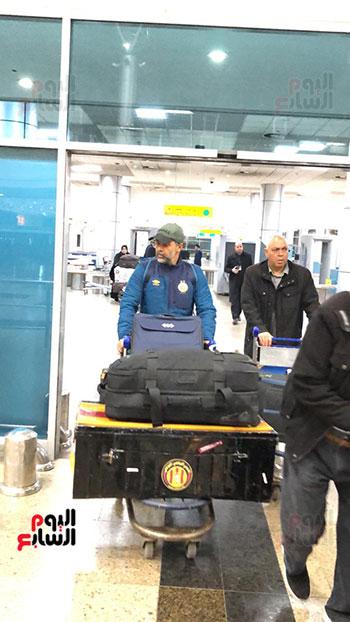 Tunisian Esperance arrives in Cairo (10)
