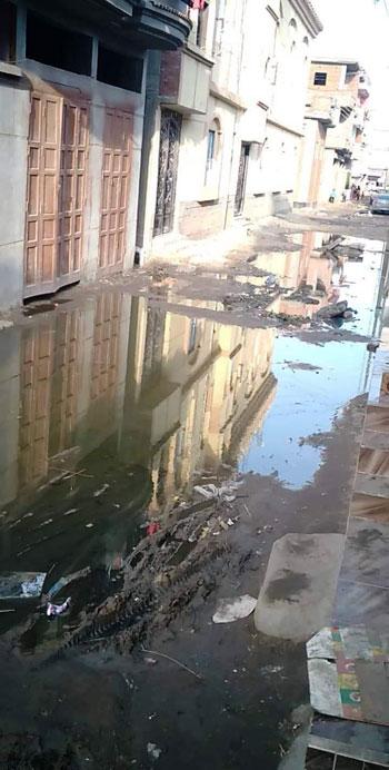 سكان شارع النجدة وقرية السعدية البحرية بدمياط (1)