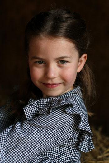 New photos of Princess Charlotte