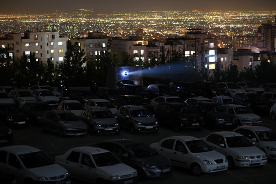 Hundreds of Iranians watch a new movie in the time of Corona